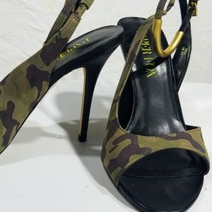 Paper Fox Fatigue Slingback w Gold Accented Strap